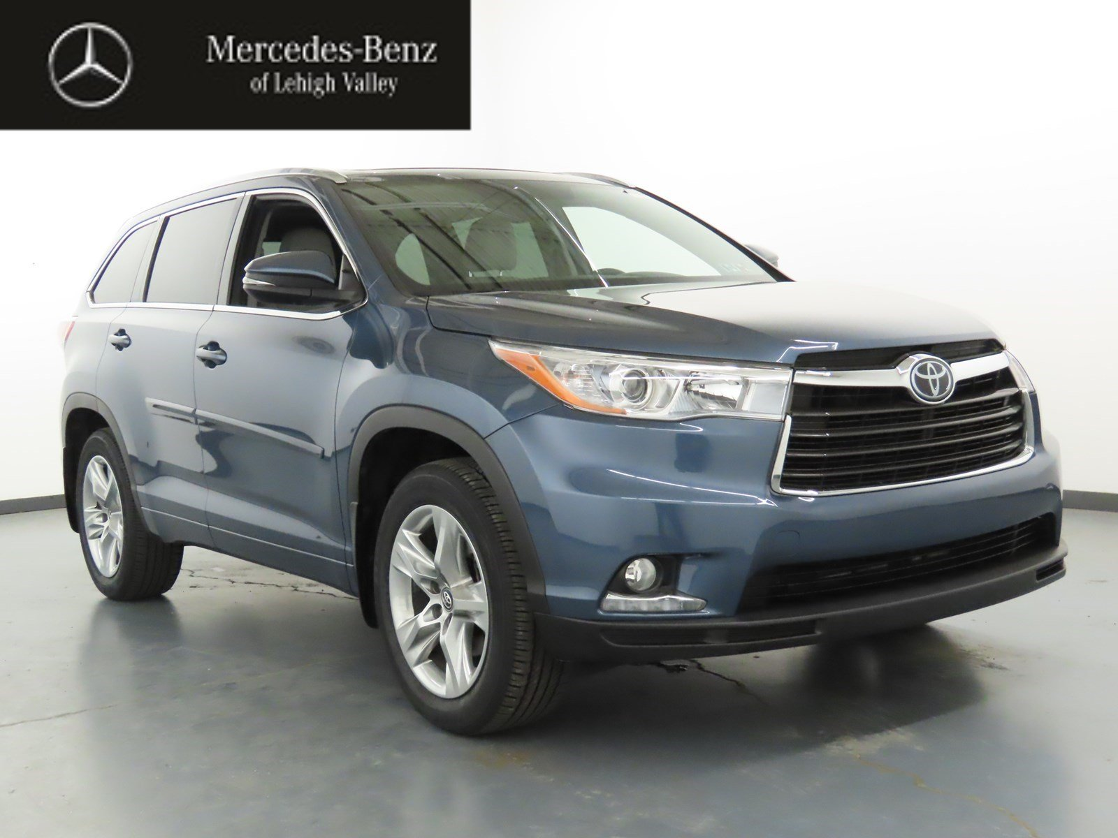 Pre Owned 2016 Toyota Highlander Limited Platinum